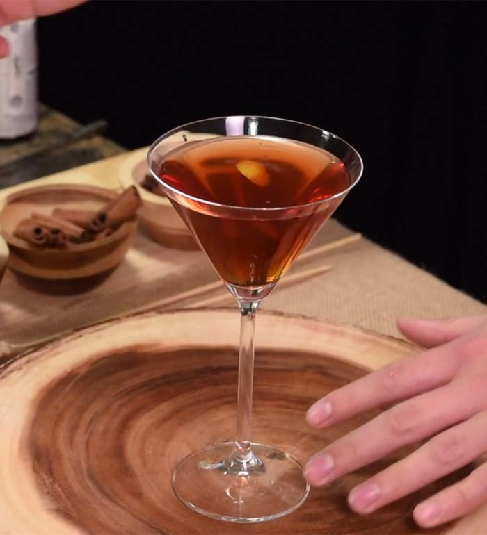 Gaur Manhattan Cocktail