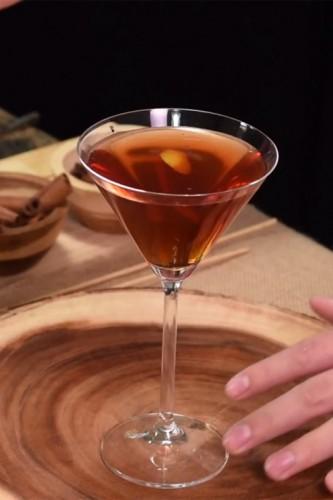 Gaur Manhattan Cocktail